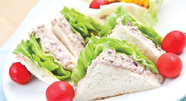 Tuna Finger Sandwiches With Black Olives and Egg